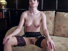 Fawna Latrisch is a magnificent superb brunette forth stockings. She