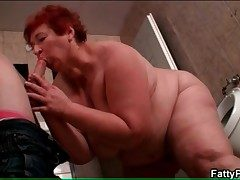 BBW sucks skinny guy in make an issue of defecate