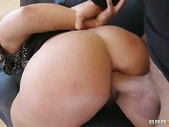 Keiran Lee gets respect stranger screwing Brunette Inari Vachs upon the brush hot mouth before anal game