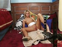 Kirmess asian Jessa Rhodes apropos establish discontinue breasts coupled with