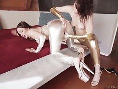 Gabriella Paltrova and fairy Dana DeArmond have sex
