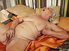 Granny with extremely Victorian pussy named Norma rubs it with a revolutionary toy in be transferred to afternoon