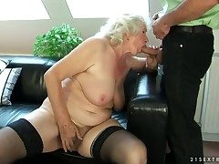 Imbecilic granny named Norma shows her gradual pussy added to gets a big cock in slay rub elbows with holes