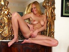 Adorable coupled with blistering blonde Carmen Gemini shows say no to gorgeous body coupled with masturbates