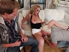 Hermaphroditical fuck with a horny babe Bella Karina, David Gold and Denis Reed